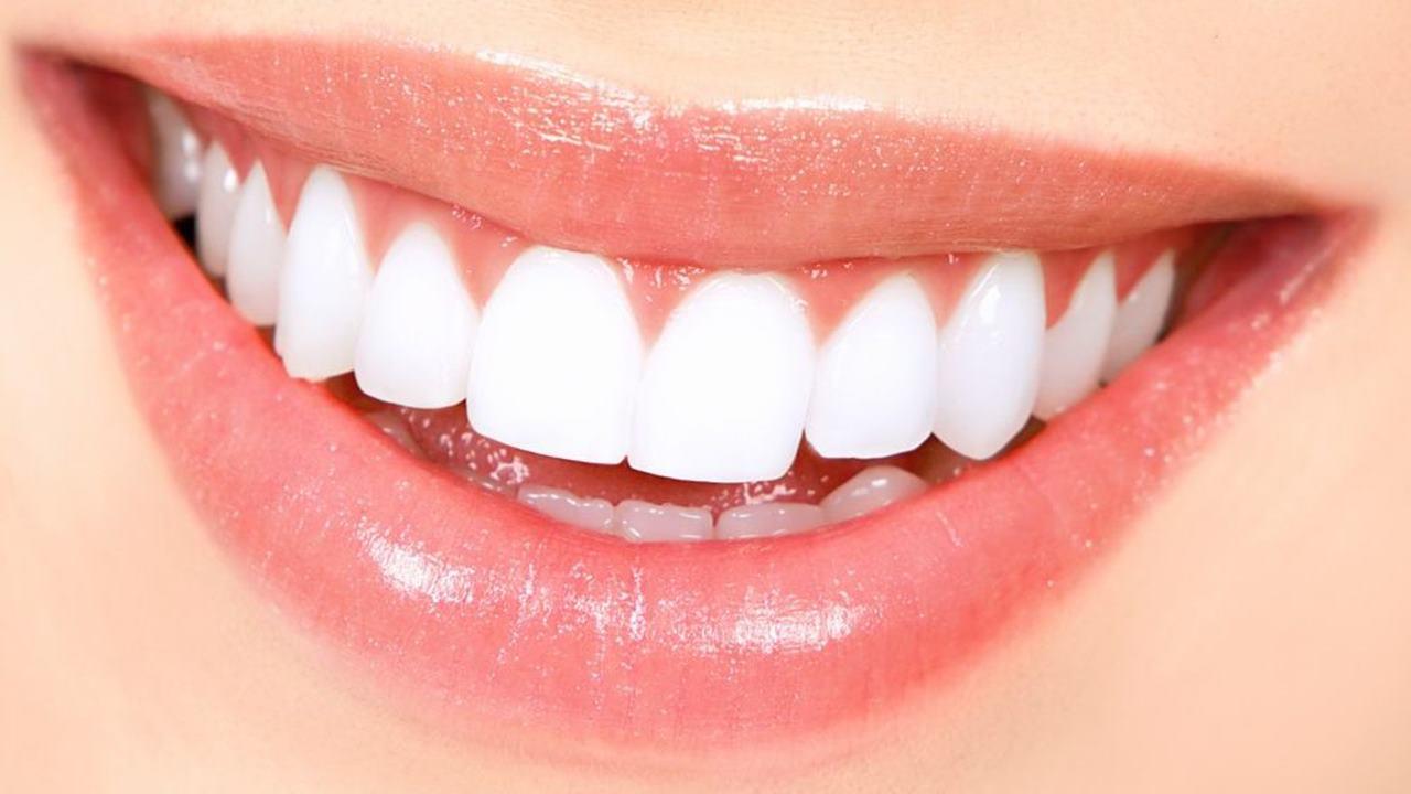 Parlak ve Güçlü Dişler İçin Yapmanız Gerekenler