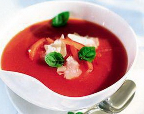 Akdeniz Usulü Domates Çorbası Tarifi