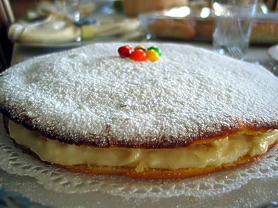 Alman Pastası Tarifi izle Resimli Videolu
