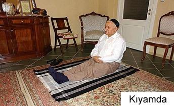 Photo of Oturarak nasıl namaz kılınır resimli