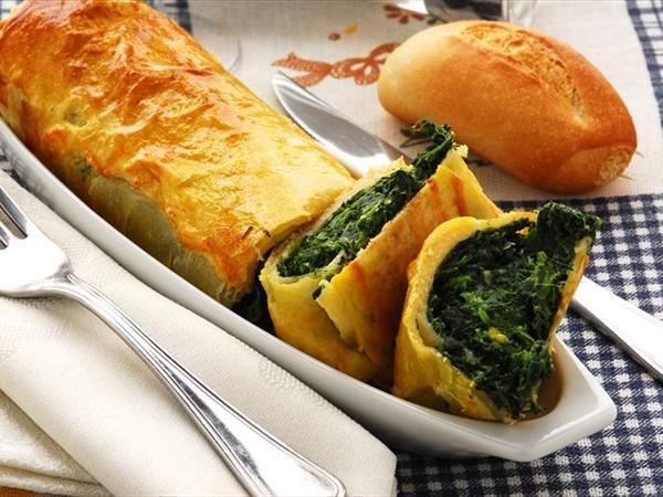 Ispanaklı Fincan Böreği Tarifi
