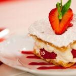 Kremalı Milföy Pasta Tarifi