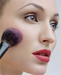 Pürüzsüz Cilt için Makyaj Önerileri