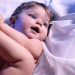 bebek-mavi-gozlu