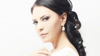 Photo of Yeşim Salkım Ayakta Alkışlar Şarkı Sözü