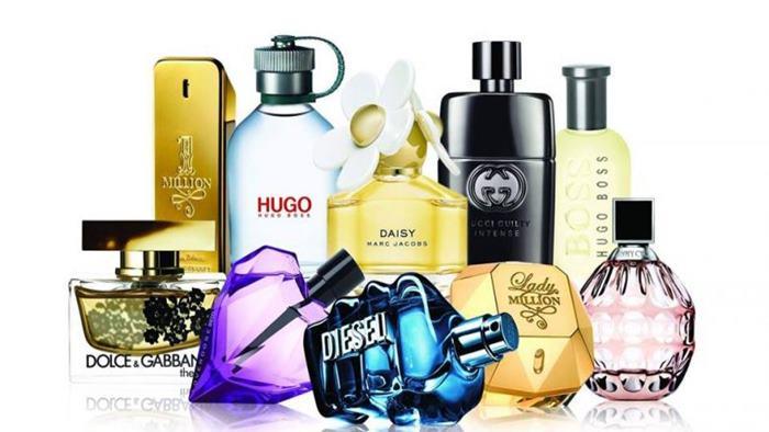 Türk Ünlülerin Kullandığı Parfümler