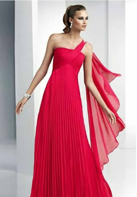 1e3277263a338 Fiyatları konusunda bilgi veremiyoruz ama uygun fiyatlara  bulabileceğinizden eminim arkadaşlar. 2014 Abiye elbise modelleri resimleri  ile işte burada.