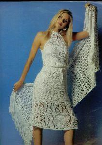 sik-bayan-orgu-elbise-modelleri