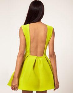 sirt-detayli-elbise-modelleri