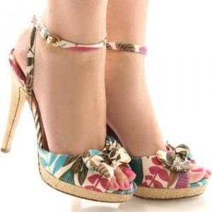 Yazlık Topuklu Ayakkabı Modelleri Resimleri