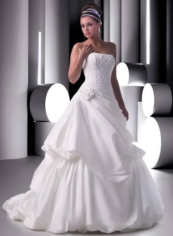 Renkli Gelinlik Elbise Modelleri