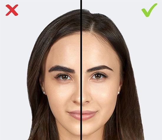 Kaşlarınızı vurgulamak için yoğun koyu renkler kullanmak