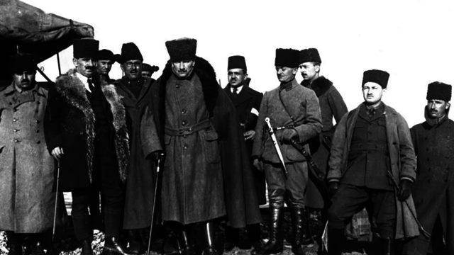 Atatürk Görselleri