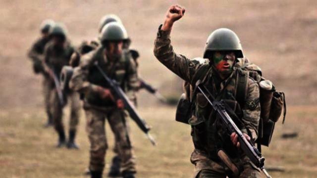 En İyi Asker Fotoğrafları