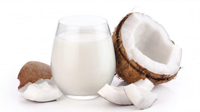Hindistan cevizi sütü ile saç uzatma